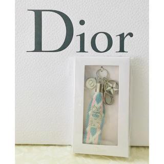 ディオール(Dior)の【新品未使用】2019 ディオール 星 スター チャーム キーホルダー(キーホルダー)