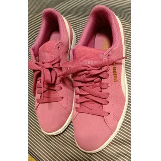 プーマ、ピンクの靴(スニーカー)