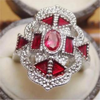 即購入OK:ゴージャスなールビーカラーシルバーカラーリング指輪(リング(指輪))