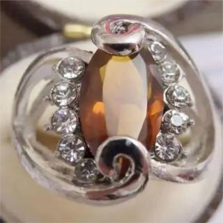 即購入OK*シトリンのようなシルバーカラーリングゴージャス指輪大きいサイズ(リング(指輪))