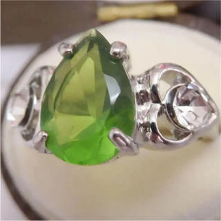 即購入OK*ペリドットのようなシルバーカラーリングゴージャス指輪大きいサイズ(リング(指輪))