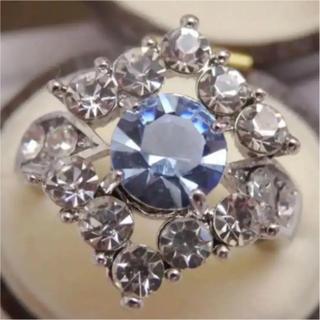 即購入OK*タンザナイトのようなシルバーカラーリングゴージャス指輪大きいサイズ(リング(指輪))