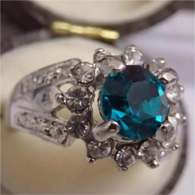 即購入OK*深いブルーのパライバのようなシルバーカラーリング指輪大きいサイズ レディースのアクセサリー(リング(指輪))の商品写真