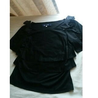 エムズグレイシー(M'S GRACY)の♡ショルダーリボン♡ティアードTシャツ ブラック(Tシャツ(半袖/袖なし))