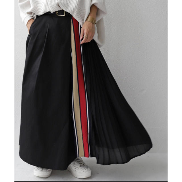 antiqua(アンティカ)の新品タグ付き限定品アンティカ異素材プリーツスカート レディースのスカート(ロングスカート)の商品写真