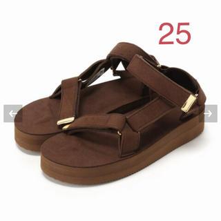 アパルトモンドゥーズィエムクラス(L'Appartement DEUXIEME CLASSE)のアパルトモン *SUICOKE Strap Sandal ブラウン  25(サンダル)