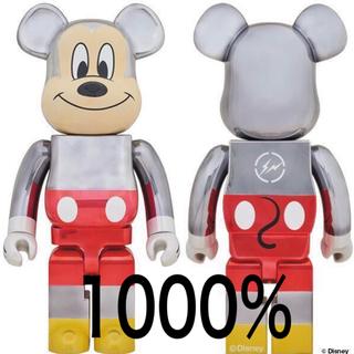 フラグメント(FRAGMENT)の即発送可 BE@RBRICK fragmentdesign ミッキー 1000%(キャラクターグッズ)