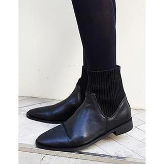 ディーホリック(dholic)のD HOLIC ツーマテリアルブラックブーツ 24cm(ブーツ)