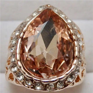 即購入OK*訳ありドロップ型モルガナイトカラーのピンクゴールド大きいサイズC24(リング(指輪))