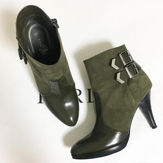 ジミーチュウ(JIMMY CHOO)のGinza Kanematsu❣️定価6万 バイカラー ミリタリーショートブーツ(ブーツ)