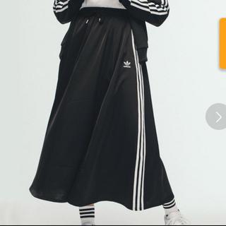 アディダス(adidas)のadidas ☺︎ ロングサテンスカート(ロングスカート)