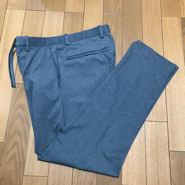 UNIQLO(ユニクロ)のUNIQLO イージーアンクルパンツ ユニクロ グレー スラックス メンズのパンツ(スラックス)の商品写真