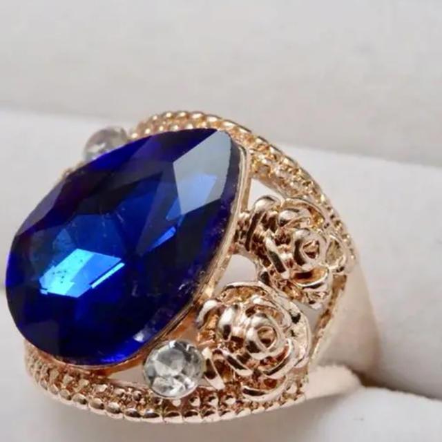 即購入OK*訳ありドロップ型ブルーストーンピンクゴールド指輪大きいサイズC22 レディースのアクセサリー(リング(指輪))の商品写真
