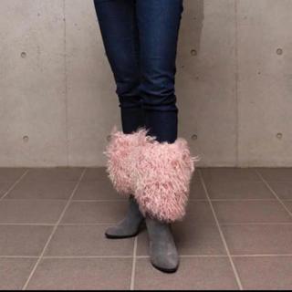 ダイアナ(DIANA)のDiana ダイアナ ピンクファーブーツ(ブーツ)