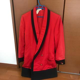 ジャンニヴェルサーチ(Gianni Versace)の専用✨ベルサーチ ヴィンテージ 赤ジャケット✨(テーラードジャケット)