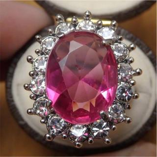 即購入OK*ピンクストーンゴージャスリング指輪(リング(指輪))