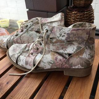 クリスプ(Crisp)のアメリカ古着♡花柄 ブーツ (ブーツ)