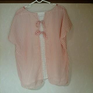 グローブ(grove)のバックリボン付きTシャツ(Tシャツ(半袖/袖なし))