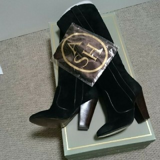 ルシェルブルー(LE CIEL BLEU)の新品✨アッシュ ブーツ(ブーツ)