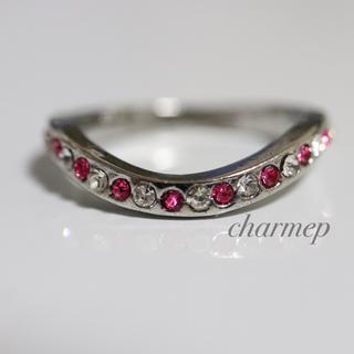 ピンクストーンのラインデザインシルバーカラーリング指輪大きいサイズ(リング(指輪))