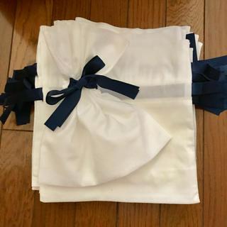 ヨンドシー(4℃)の10枚 不織布 リボン付き 巾着 りぼん プレゼント 梱包 ショッパー(ラッピング/包装)