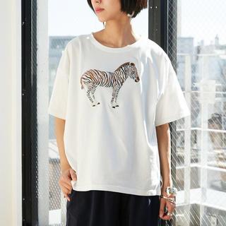 パピヨネ(PAPILLONNER)のパピヨネ シマウマTシャツ 刺繍(Tシャツ(半袖/袖なし))