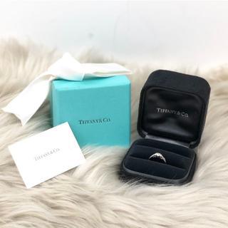 ティファニー(Tiffany & Co.)のティファニー サイドストーン ダイヤリング PT950(リング(指輪))
