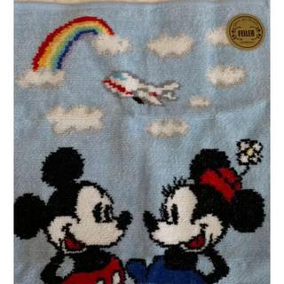ジャル(ニホンコウクウ)(JAL(日本航空))のJAL機内販売限定!品薄!フェイラー×ディズニーコラボハンカチ!水色1枚 袋付き(ハンカチ)