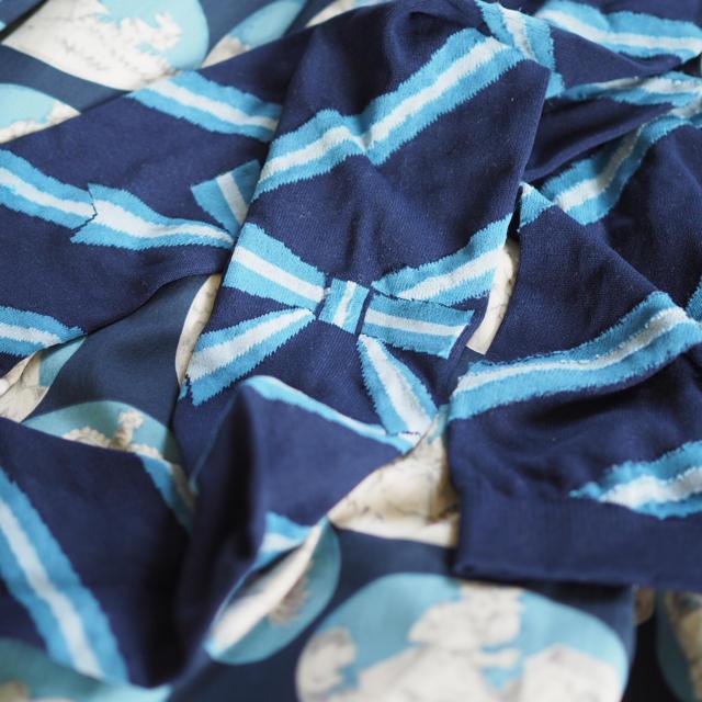 JaneMarple(ジェーンマープル)のジェーンマープル 斜めボーダーオーバーニー レディースのレッグウェア(ソックス)の商品写真