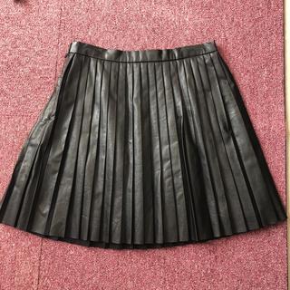 マーキュリーデュオ(MERCURYDUO)のフェイクレザープリーツスカート(ミニスカート)