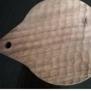 ミナペルホネン(mina perhonen)のくるみの木 カッティングボード(キッチン小物)