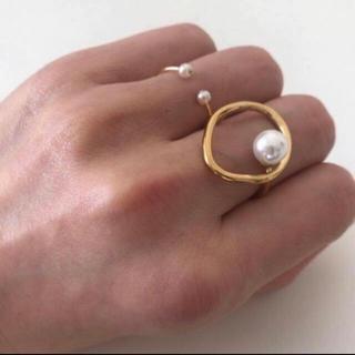 アダムエロぺ(Adam et Rope')のパール フープリング 18kゴールドコーティング(リング(指輪))