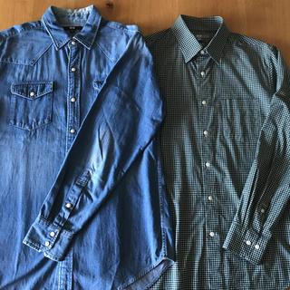 ユニクロ(UNIQLO)のUNIQLOユニクロメンズシャツ2枚セットMサイズ デニムシャツチェックシャツ(シャツ)