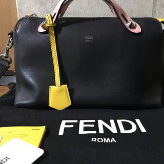 フェンディ(FENDI)のFENDI(ショルダーバッグ)