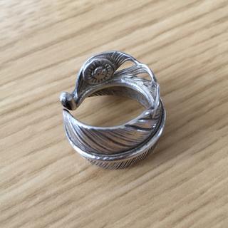 ウィングロック フェザーリング (リング(指輪))