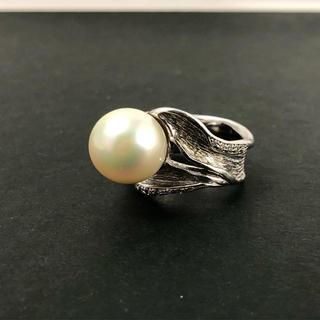 素敵なパールとキラキラ輝くダイヤモンドのリング(リング(指輪))