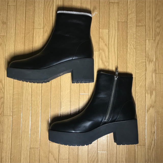 JEANASIS(ジーナシス)のRIRU様専用 レディースの靴/シューズ(ブーツ)の商品写真