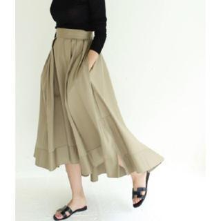 マディソンブルー(MADISONBLUE)のレアmadison blue チノ素材タックボリュームスカート(ロングスカート)