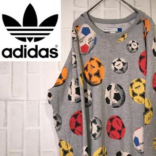 アディダス(adidas)の【オススメ】アディダスオリジナル スウェット サッカーボール ビックロゴ(スウェット)