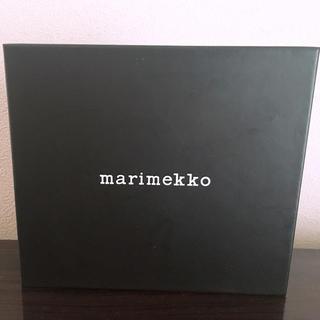 マリメッコ(marimekko)のmarimekko 財布 箱(ラッピング/包装)