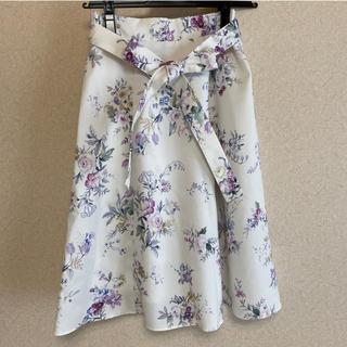 トッコ(tocco)のtoccoコラボスカート(ひざ丈スカート)