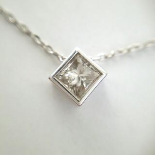 moe様専用 k18 プリンセスカット ダイヤモンド ネックレス 0.3ct (ネックレス)