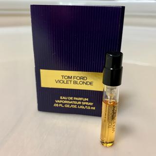 トムフォード(TOM FORD)のトムフォード バイオレット ブロンド EDP 1.5ml ミニ 香水(ユニセックス)