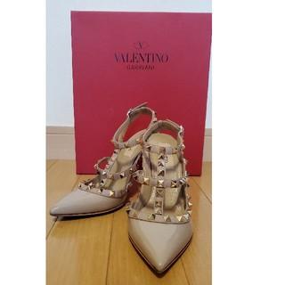 ヴァレンティノガラヴァーニ(valentino garavani)のVALENTINO GARAVANI ロックスタッズヒール VALENTINO(ハイヒール/パンプス)