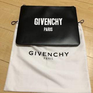 ジバンシィ(GIVENCHY)の【美品】GIVENCHY クラッチバック(セカンドバッグ/クラッチバッグ)