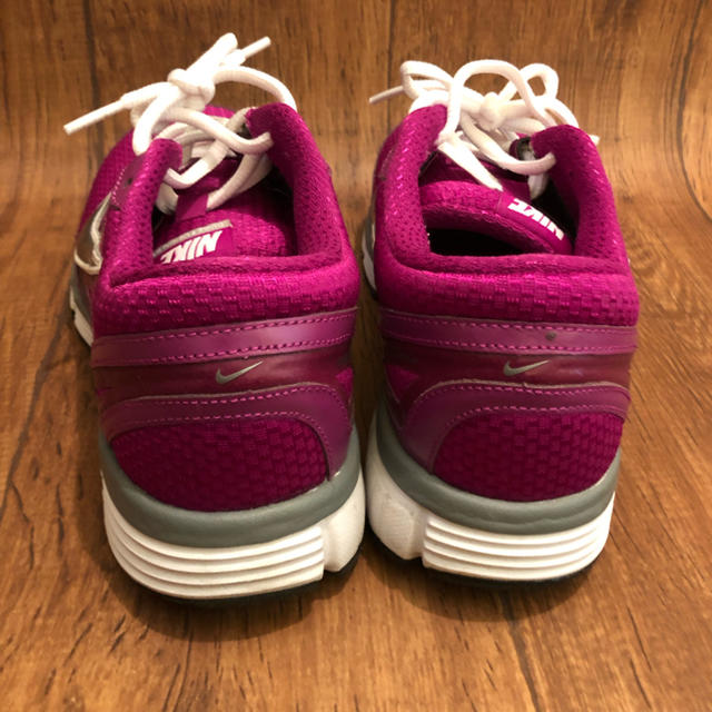 NIKE(ナイキ)のNIKE(ナイキ)/デュアルフュージョンST レディースの靴/シューズ(スニーカー)の商品写真