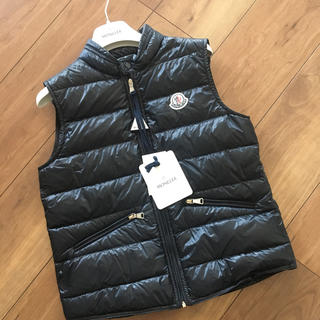 MONCLER - 新品未使用 モンクレール ダウンベスト GUI 10A MONCLER