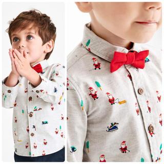 ネクスト(NEXT)の新品!ネクスト サンタプリントシャツと蝶ネクタイセット (シャツ/カットソー)