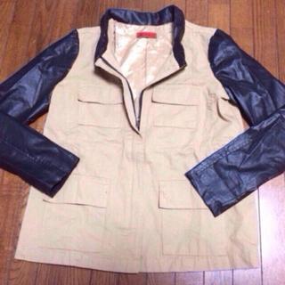 パピヨネ(PAPILLONNER)の新品 バイカラー ジャケット(ミリタリージャケット)