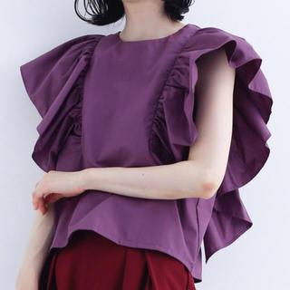 メルロー(merlot)のフリルショルダー ブラウス パープル(シャツ/ブラウス(半袖/袖なし))
